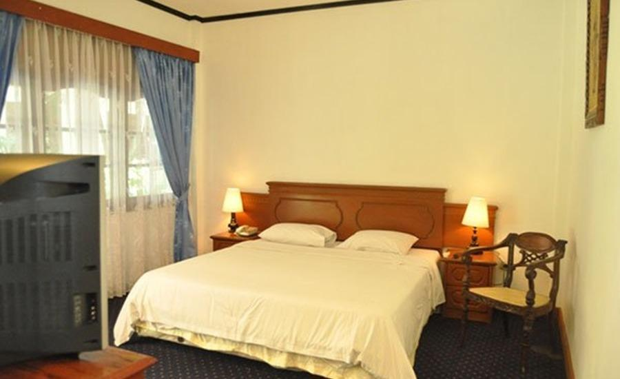 Sadinah Sahid Josodipuro Hotel Solo - Kamar tamu