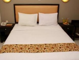 Hotel Royal Phoenix Semarang -  Kamar
