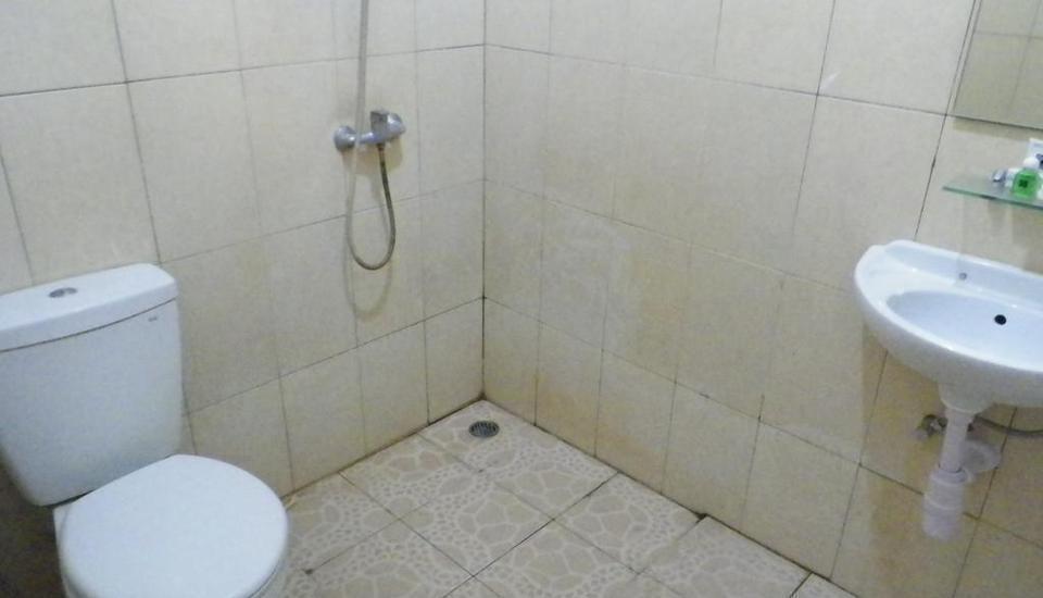 Hotel Royal Phoenix Semarang - Kamar mandi