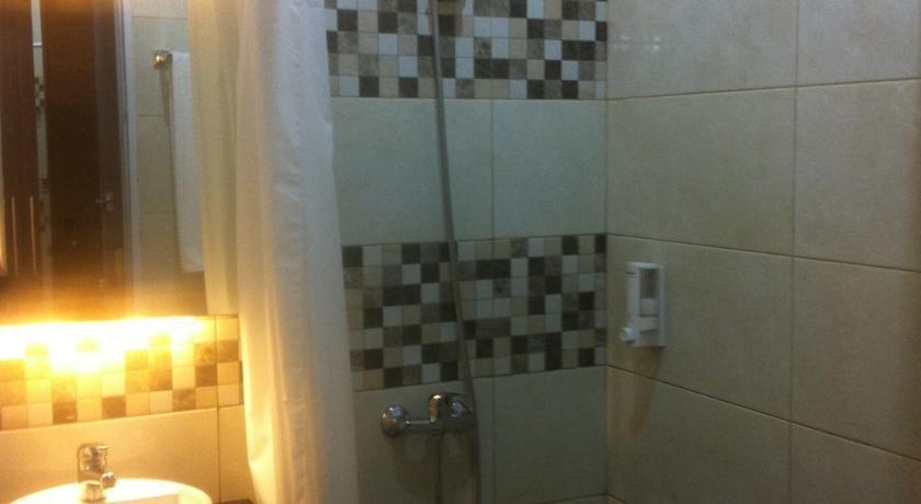 Tirta Mansion Tangerang - bath