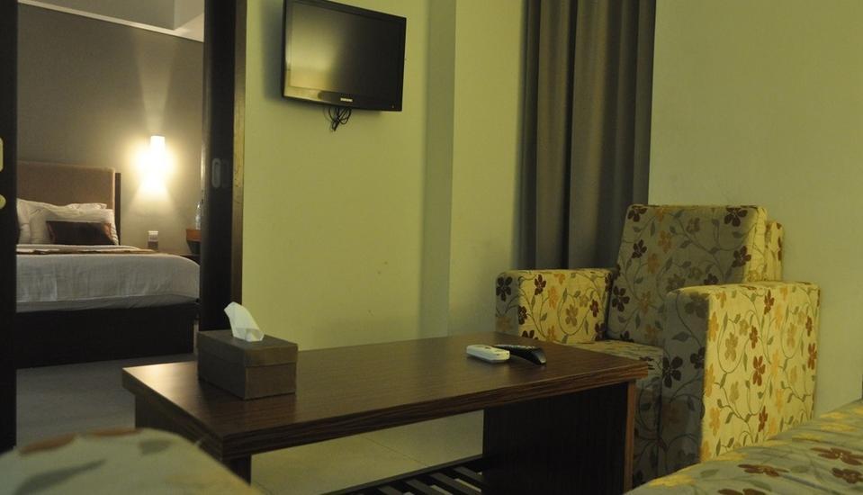 Cheers Residential Jakarta - Ruang Tamu