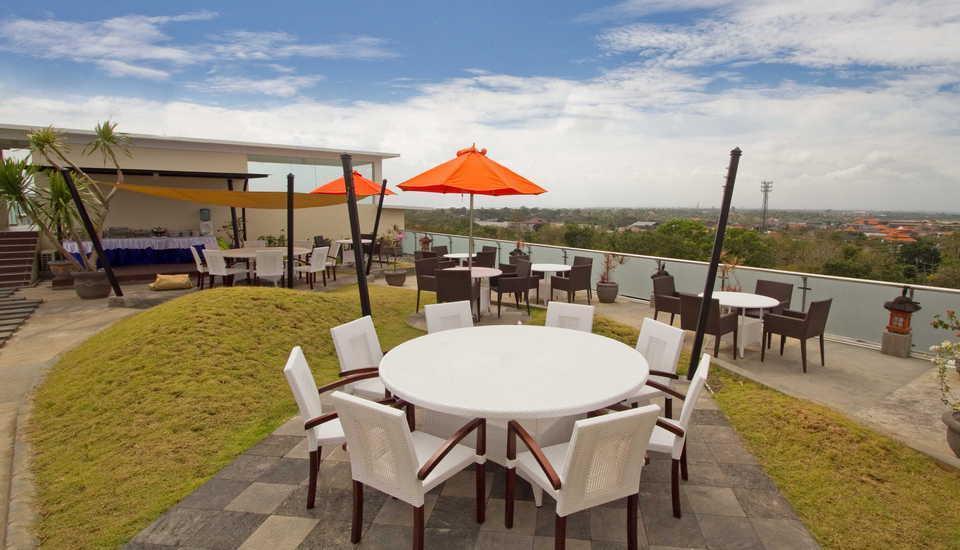 Den Bukit Suites Jimbaran - Pemandangan Luar