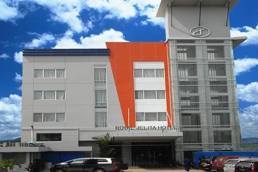 Royal Jelita Hotel Banjarmasin - Tampilan Luar Hotel
