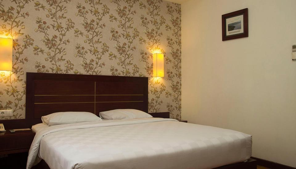 Royal Jelita Hotel Banjarmasin - Deluxe Room Only Regular Plan