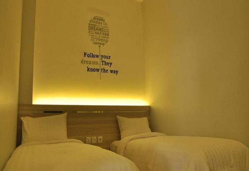 Summer Bed and Breakfast Hotel Banjarmasin - Kamar tamu