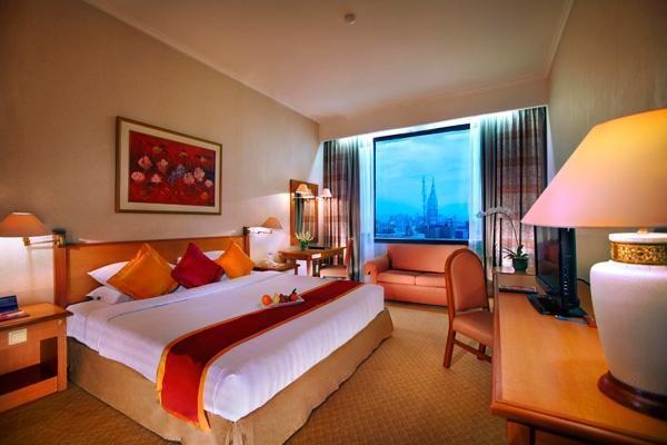 Hotel Menara Peninsula Jakarta - Club King
