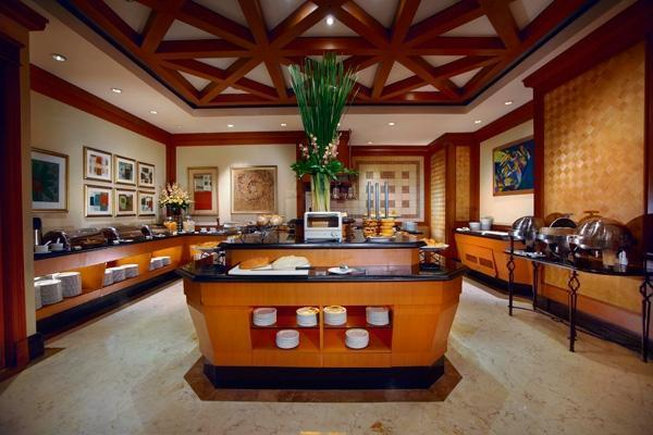 Hotel Menara Peninsula Jakarta - Kafe Coleman Buffet