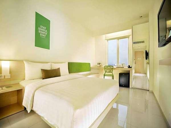 Zuri Express Lippo CIkarang - Business Double Room Regular Plan