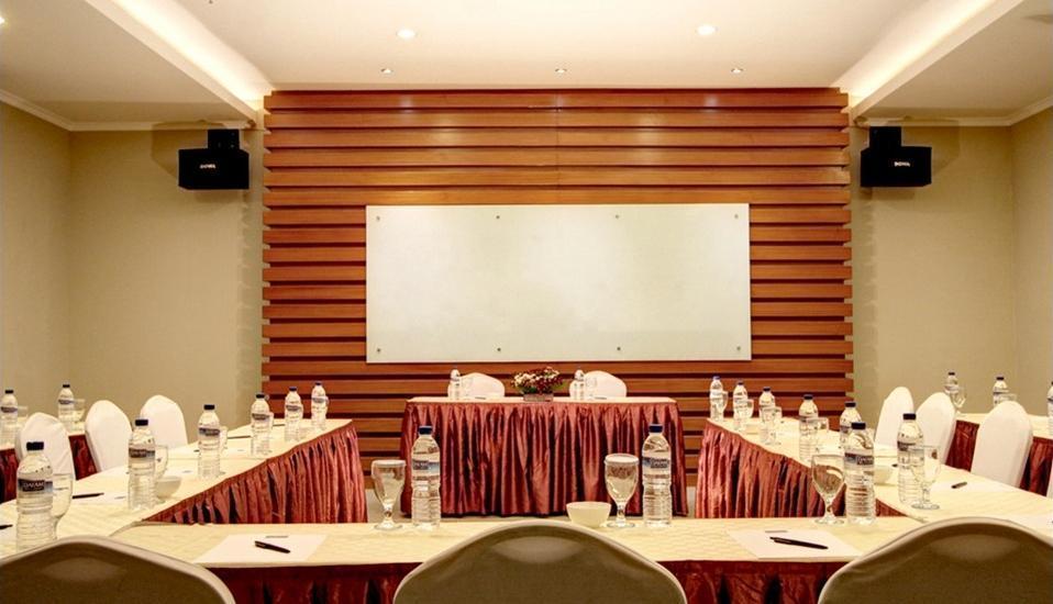 Hotel Dafam Pekalongan - Ruang Rapat