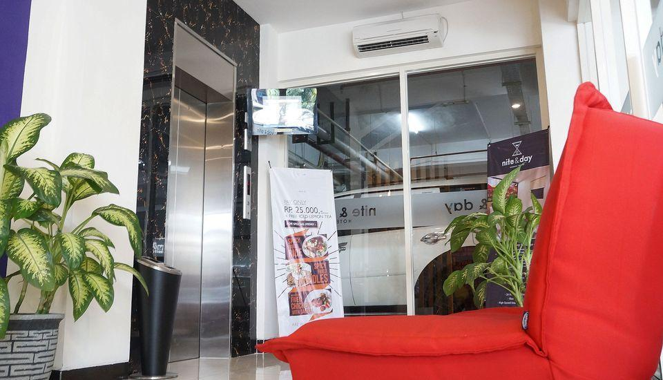 ZEN Rooms Raya Mastrip Surabaya - Lobi