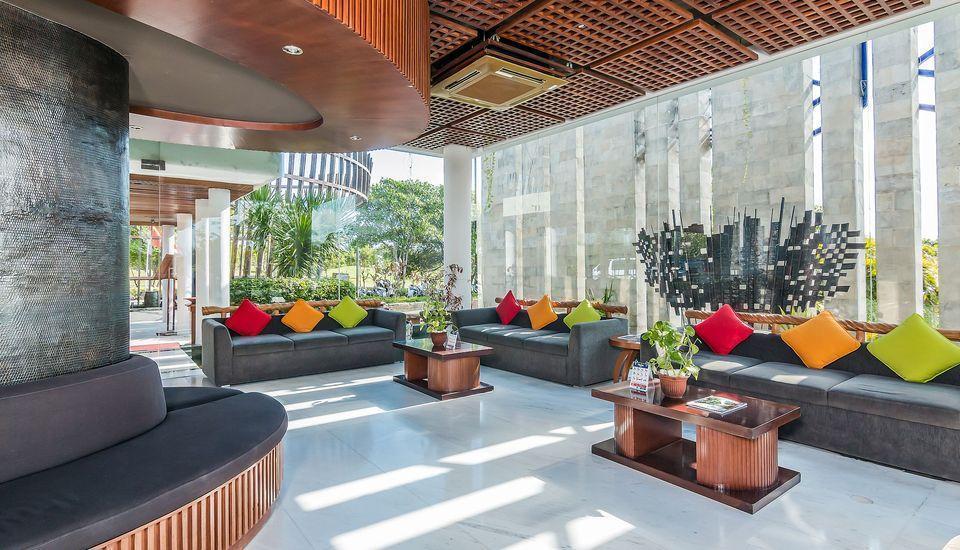 ZEN Premium Uluwatu Complex Bali - Lobi