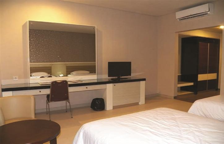 T-MORE Hotel & Lounge Kupang - Kamar Tamu