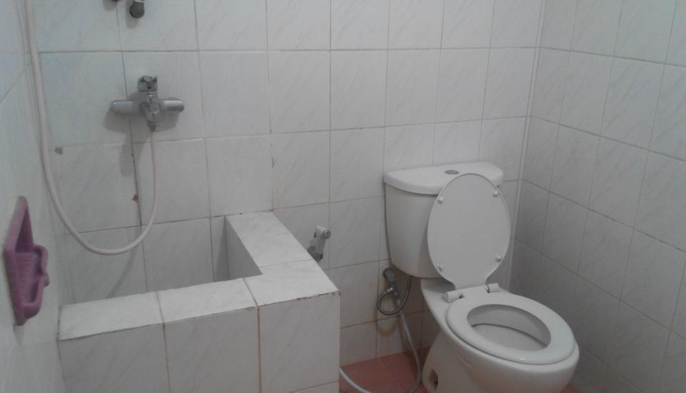 Hotel Malang Malang - Kamar mandi