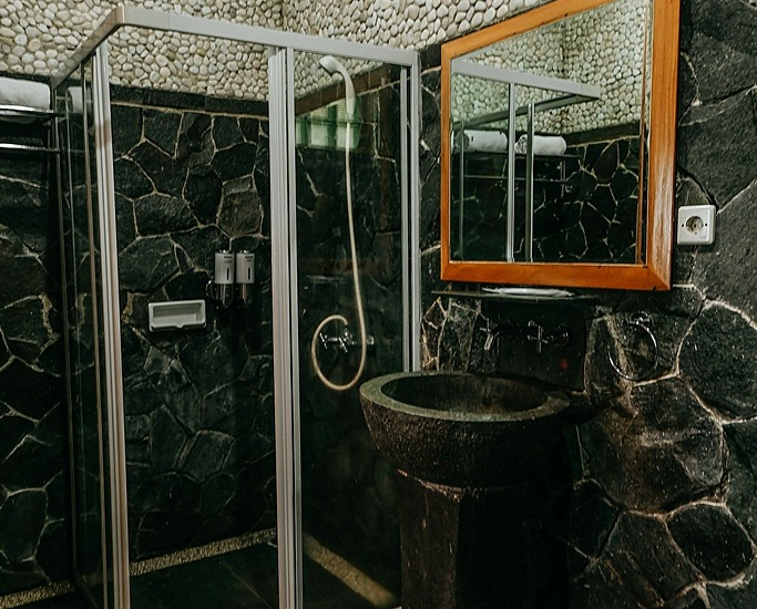 Kastuba Resort Bandung - Suite Bathroom