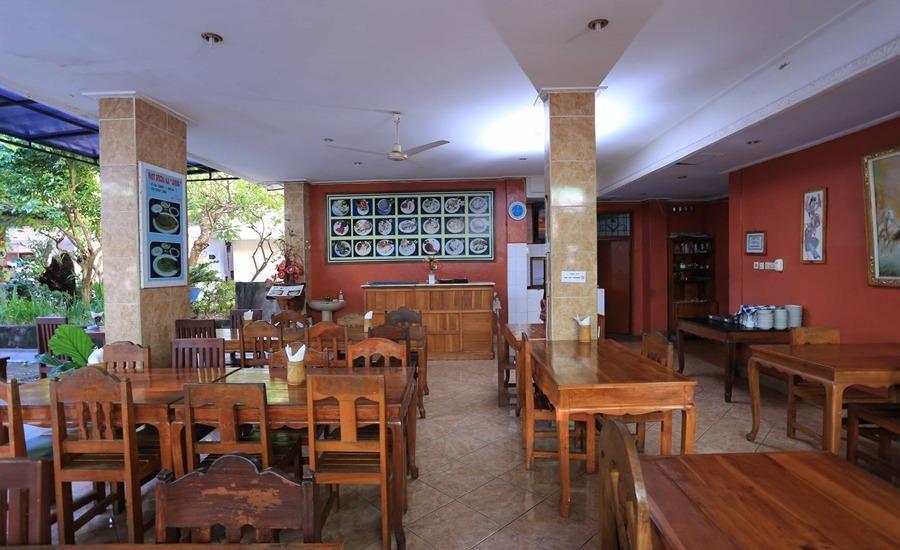 RedDoorz @Legian Lebak Bene Bali - Restoran