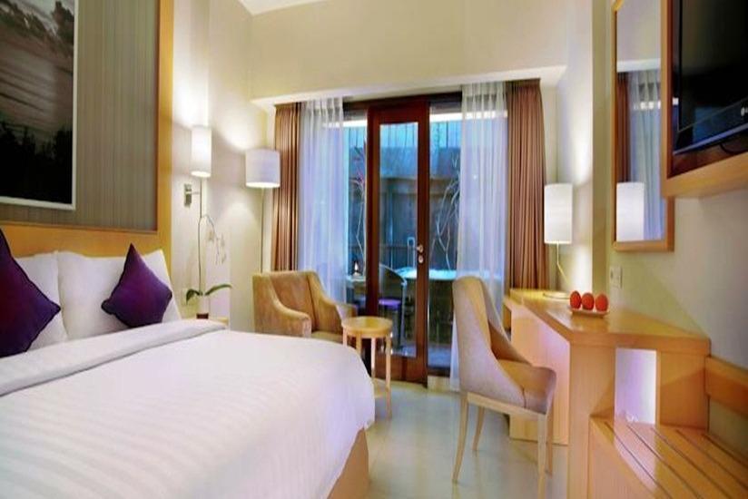 Quest Hotel Kuta - Deluxe Room Regular Plan