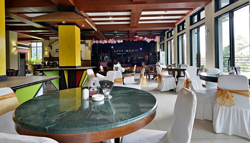 ZenRooms Cibogo Megamendung Puncak - Restoran