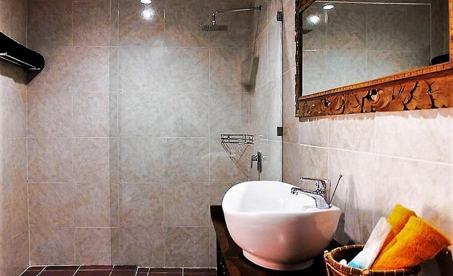 Coco Resort Penida Bali - Kamar mandi