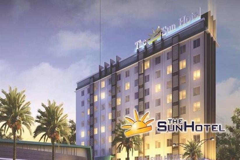 The Sun Hotel Madiun - Tampilan Luar Hotel