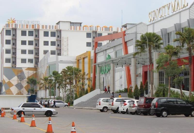 The Sun Hotel Madiun - view