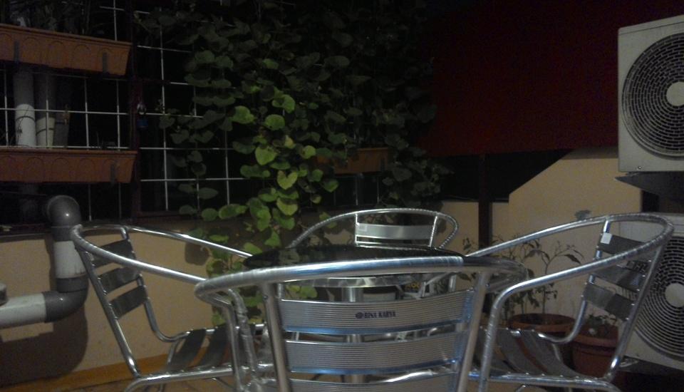 Kantos Guest House Jakarta - Tempat Merokok