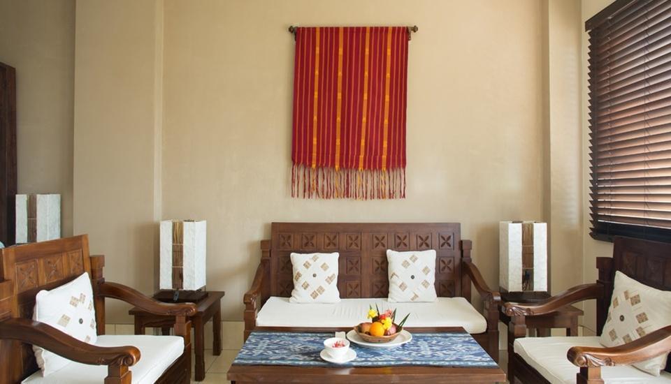 The Jayakarta Suites Komodo Flores - Ruang Tamu Jayakarta Suite