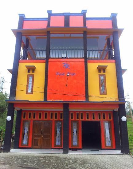Hotel Huni Raya Bromo Pasuruan - Hotel Huni Raya Bromo