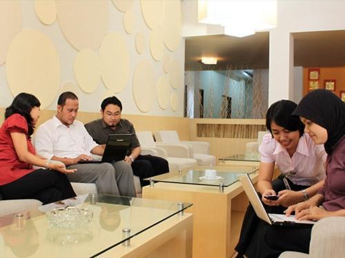 Gadjah Mada University Club Hotel Yogyakarta - Kegiatan di lobi