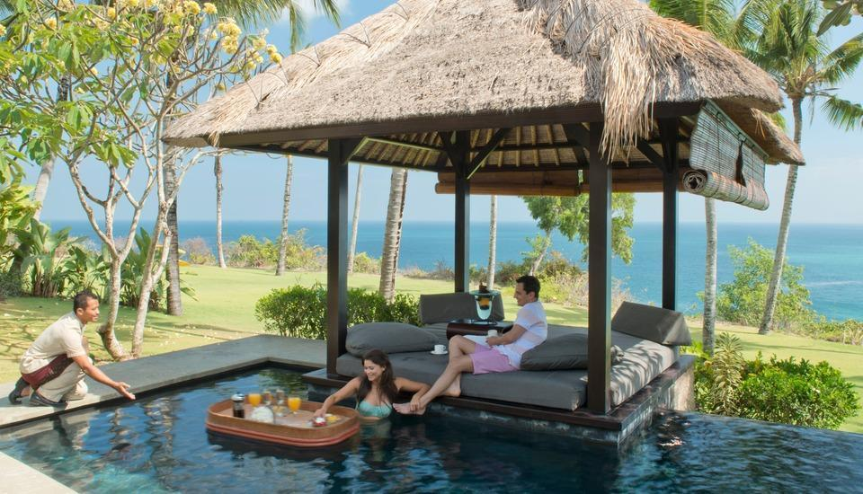 The Villas at AYANA Resort, BALI - Floating Brunch