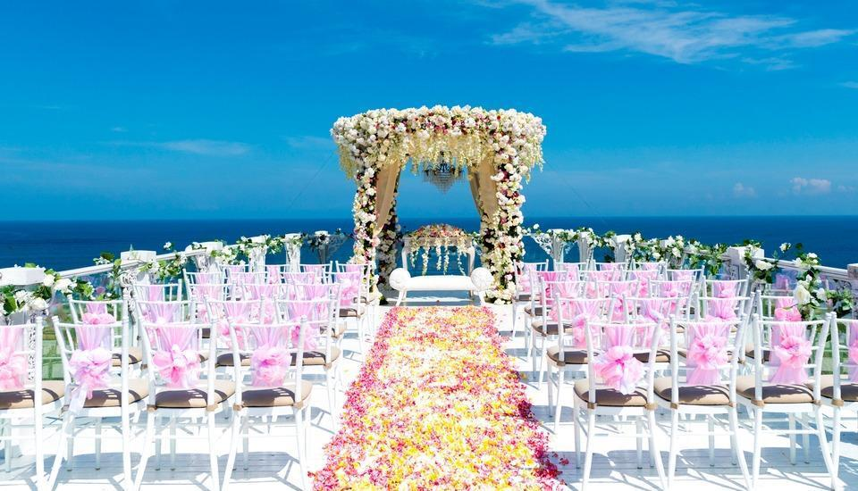 The Villas at AYANA Resort, BALI - Wedding at SKY