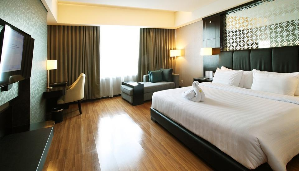 Alana Hotel Solo Solo - Deluxe Room Only Regular Plan