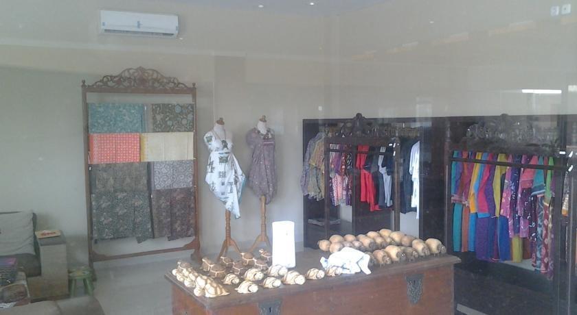 Sapadia Hotel Cirebon - Merchandise store