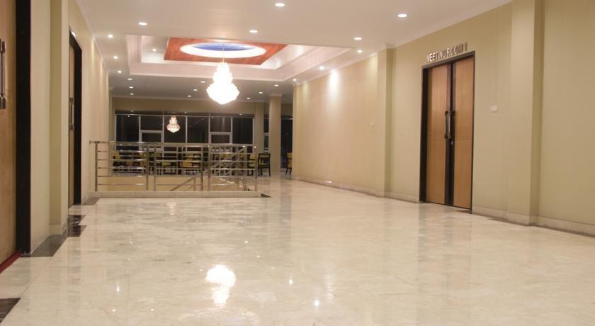 Sapadia Hotel Cirebon - Interior