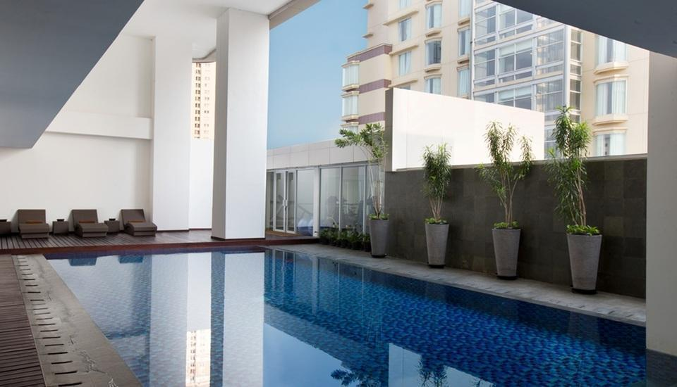 Hotel Santika Premiere Hayam Wuruk - Swimming Pool