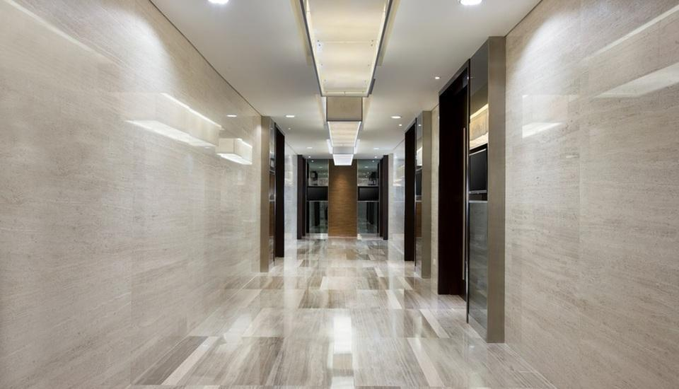 Hotel Santika Premiere Hayam Wuruk - Meeting Corridor