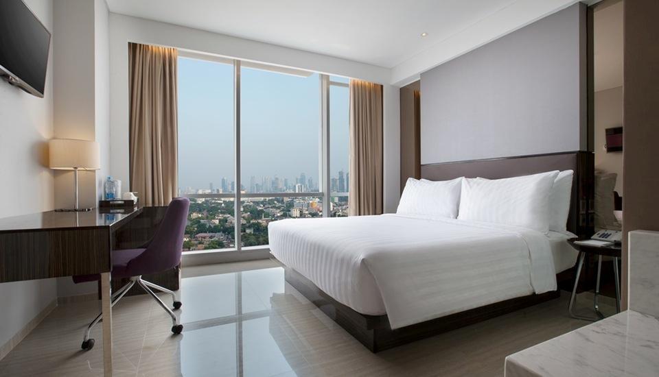 Hotel Santika Premiere Hayam Wuruk - Executive Room King Regular Plan