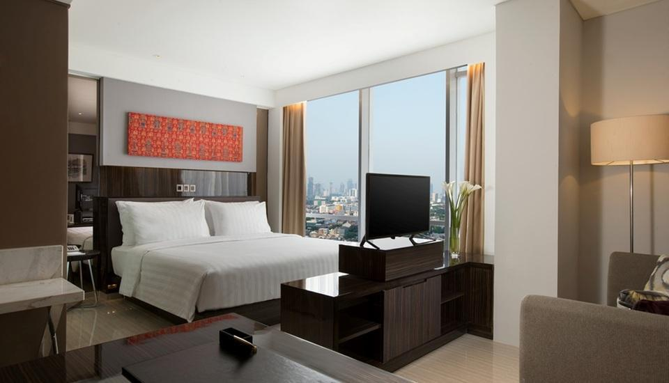 Hotel Santika Premiere Hayam Wuruk - Premiere Room King Regular Plan