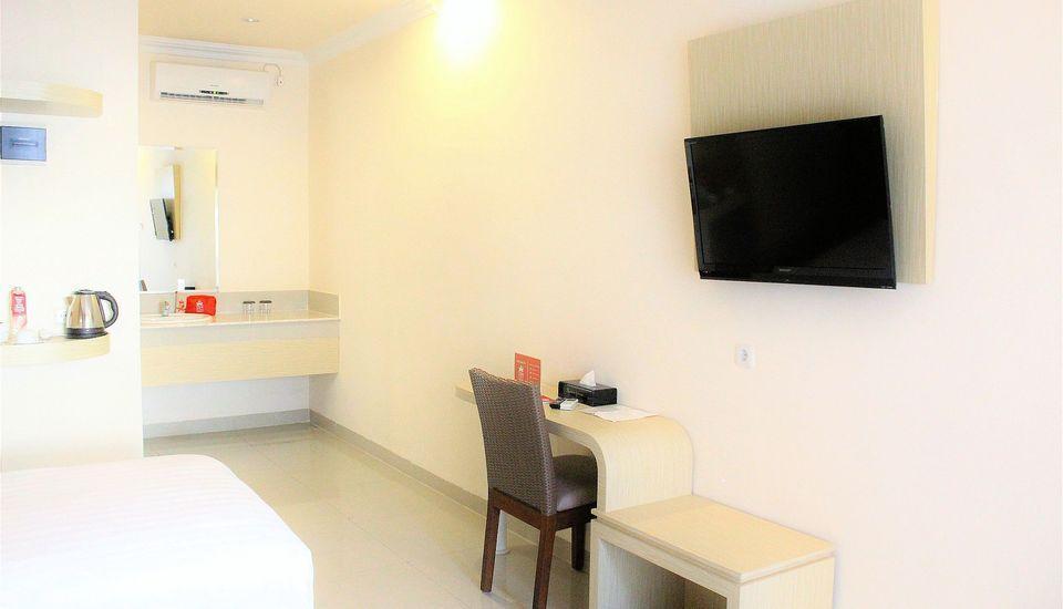ZenRooms G Bawakaraeng 121 Makassar - Tempat tidur Twin