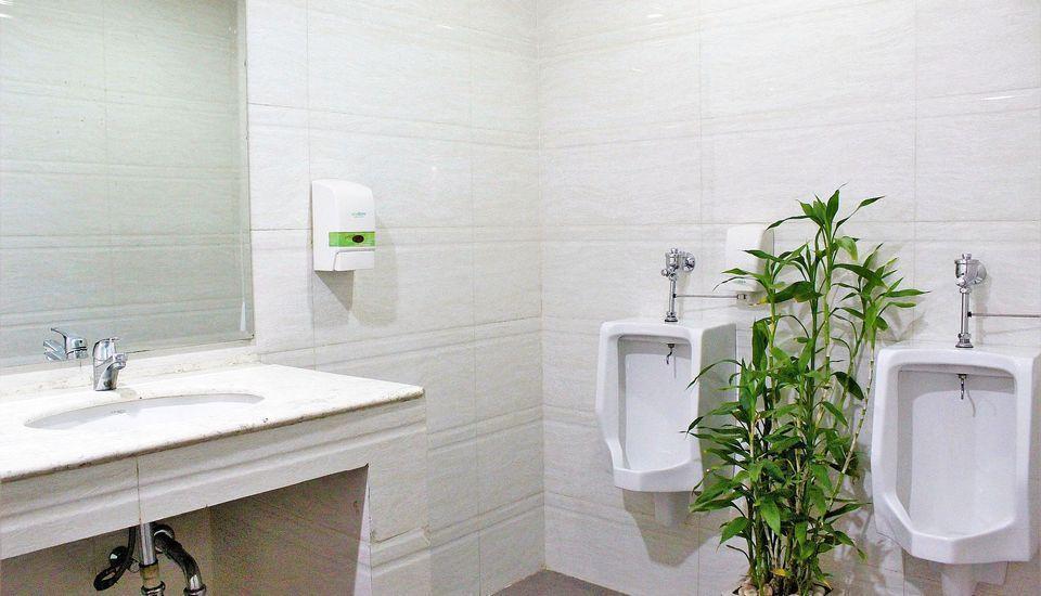 ZenRooms G Bawakaraeng 121 Makassar - Toilet