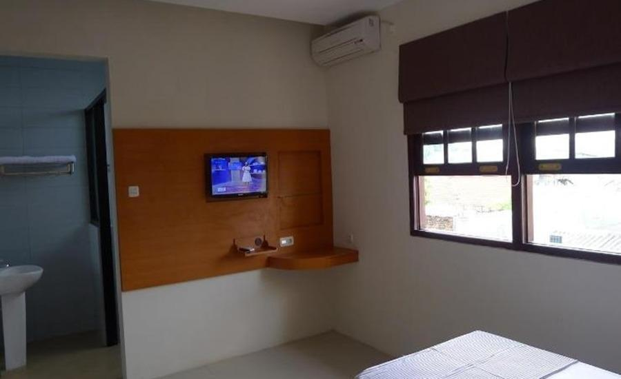 Family Kupang Baru Surabaya - Standard Room Regular Plan