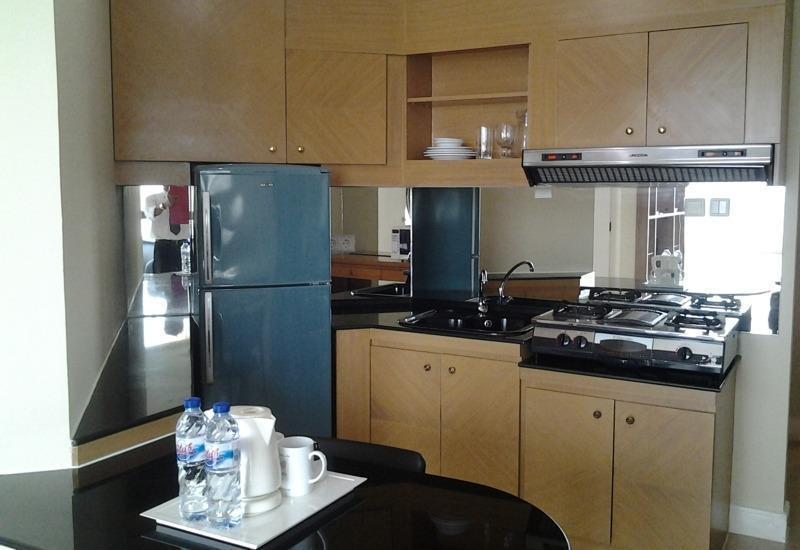 Batavia Apartment, Hotel & Serviced Residence Jakarta - Dapur
