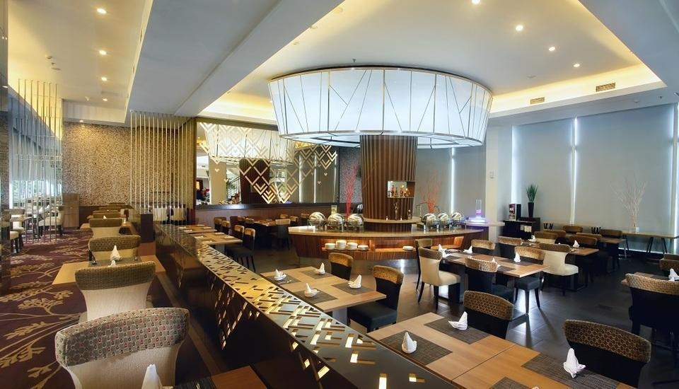 Grand Zuri Palembang - Cerenti Restaurant