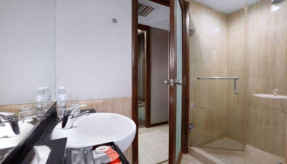 Grand Zuri Palembang - Superior Twin Room Only BASIC DEAL 10%
