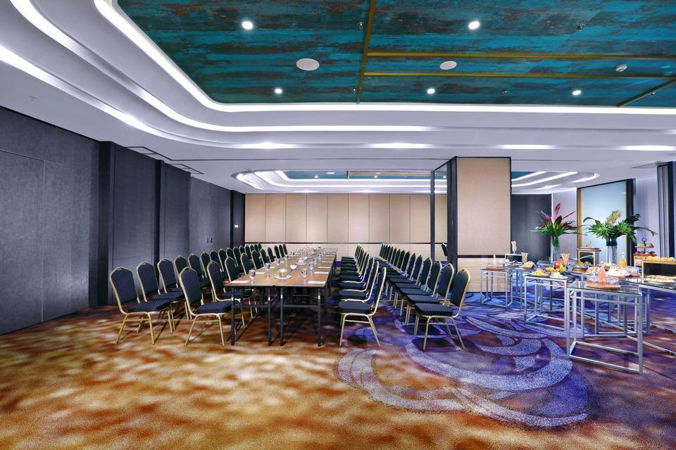 Grand Zuri Palembang - MEETING ROOM