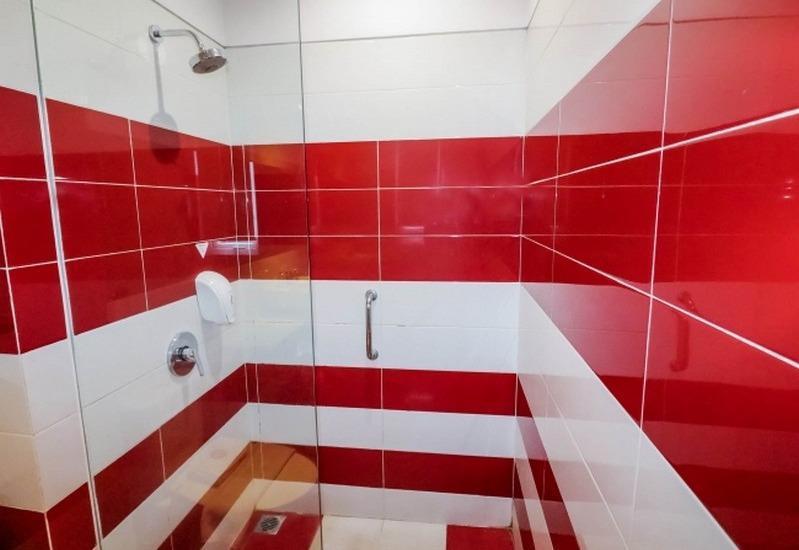 NIDA Rooms Surabaya Raya Jemur - Kamar mandi