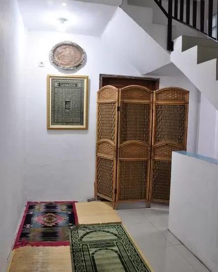 Nisa Home Syariah Homestay Surabaya - Mushola