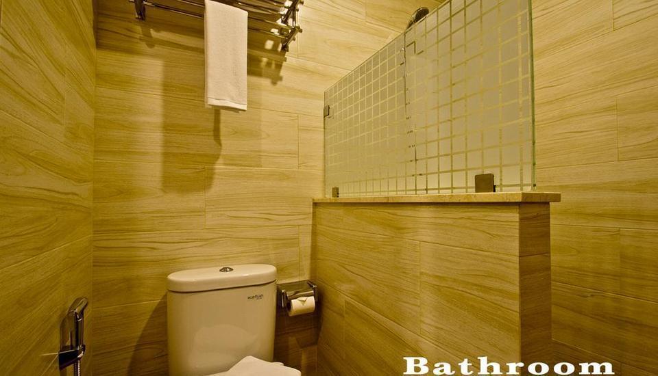 Green Batara Hotel Bandung - Deluxe Bathroom