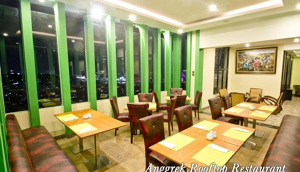 Green Batara Hotel Bandung - Anggrek Rooftop Restaurant