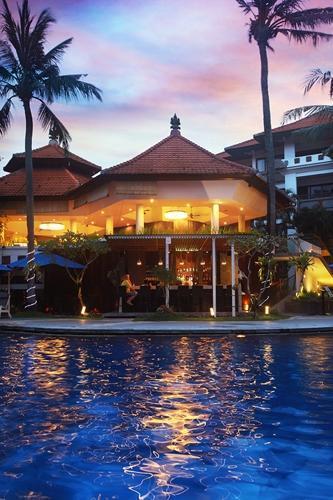 Sanur Paradise Plaza Suite Bali - Kolam Renang