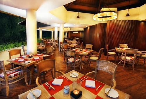 Sanur Paradise Plaza Suite Bali - Restoran